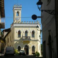 Fiuminata (Il Municipio)
